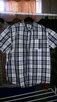 black and white plaid button-up shirt Mississippi Mills, K0A 1A0