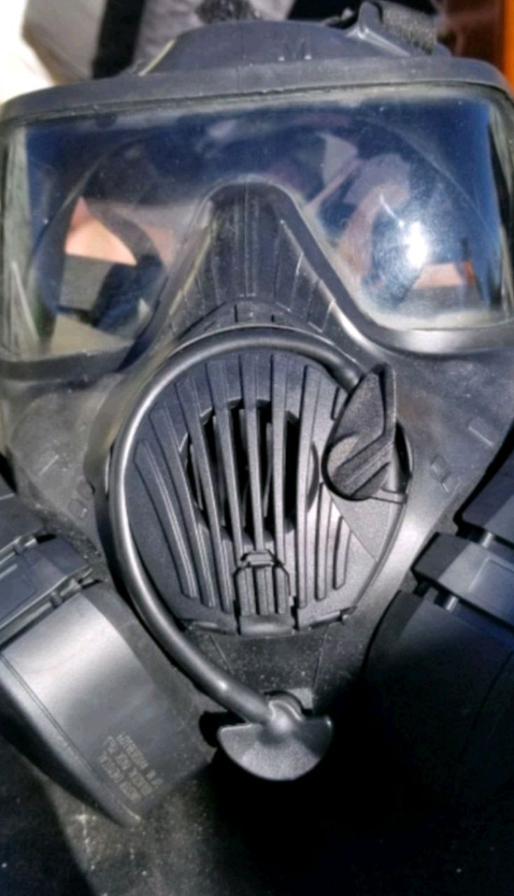 Photo Military gas mask with bag