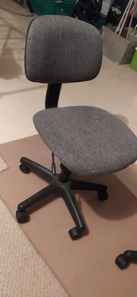 Small office chair with wheels Markham, L6B 0A8