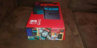 Brand New Nintendo switch Never used