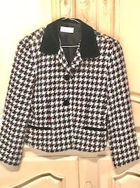Women's Skirt Suit, Size 4