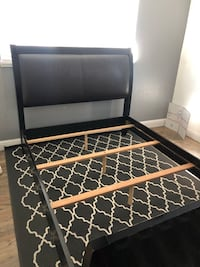 Queen size leather and wood bed frame Fairfield, 94533