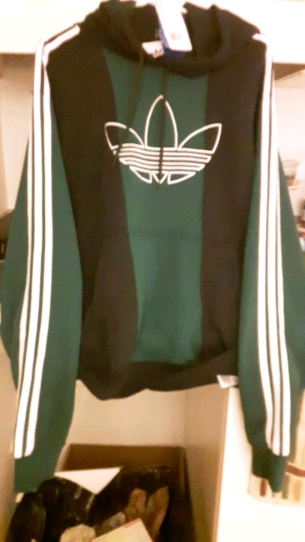 Brand new with tags.. Mens Adidas hoodie size larg