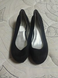 pair of black suede heeled shoes Pickering, L1V 3S6