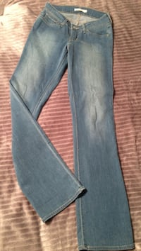 LEVI's jeans size 27. Worn twice almost new  Cranston, 02921