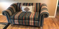 Beautiful love seat. Barely used Armonk, 10504