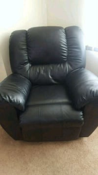 Black Leather Recliner Chair Rome, 13440