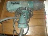 green and gray Makita corded power tool Aurora, 80010