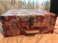 Crosley record player used once MUST GO 148 mi