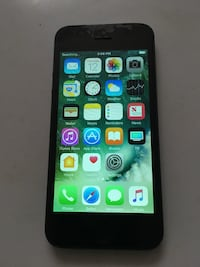 Iphone 5 sprint ting /wireless 16gb has screen protector on the screen  Lincoln, 68508