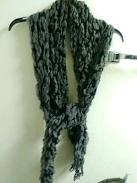 Black and grey scarf never use $5.00 Anaheim, 92801