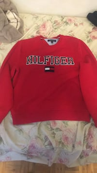 red and white crew neck sweater Toronto, M3N 2M8