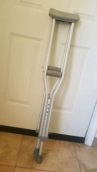 "Youth crutches 4'6""-5'2"" Henderson, 89014"