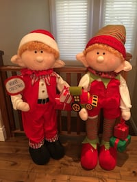 "Christmas decor elves 51"" tall 622 km"