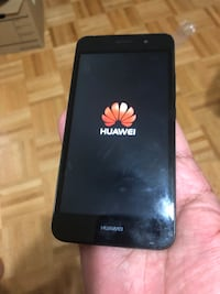 Huawei Y6 Unlocked very clean very good phone  Toronto, M4H 1K2