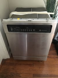 Stainless steel and black General Electronic dishwasher, $125 or best offer Washington, 20011