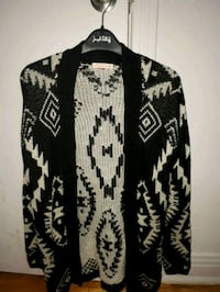 black and white tribal print cardigan Montréal, H1S 1J7