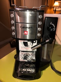 Cuisinart espresso, caffé latte, cappuccino and coffee machine