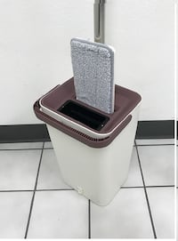 New $20 Magic Flat Mop and Bucket System Self-Cleaning includes 2x Microfiber Mop Head South El Monte