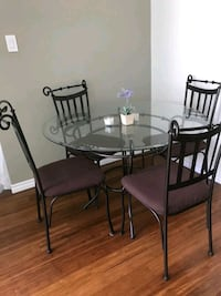 Dinning Table  + 4 Chairs  Vancouver, V6E 4N2