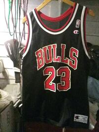 black and red Chicago Bulls 23 jersey El Centro, 92243