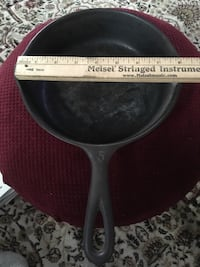 """8"""" Wagner Ware cast iron skillet"""