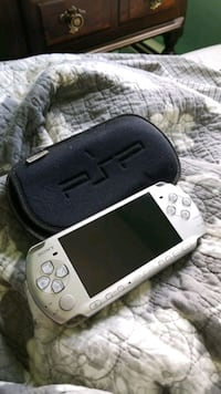 PSP 3000 with soft cover