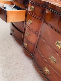 Mahogany  Dresser set — two pieces  Cooperstown, 13326