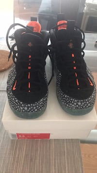 Pair of black nike foamposite Toronto, M2M