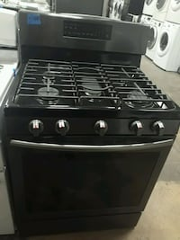 Samsung gas stove excellent conditions 4months of warranty  Bowie, 20715