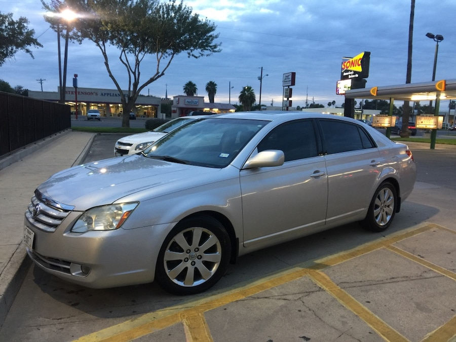 used 2005 toyota avalon xls fully loaded in mission. Black Bedroom Furniture Sets. Home Design Ideas