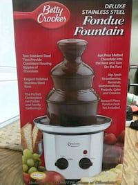 Brand new never used stainless fondue fountain Surrey