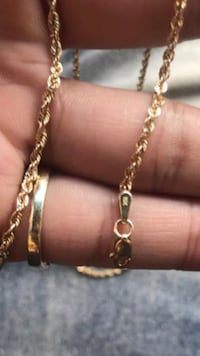 10k gold chain need gone ASAP can meet at pawn shop if needed  Dallas, 75218