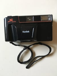 Black kodak series instant camera 35mm Winchester, 22602