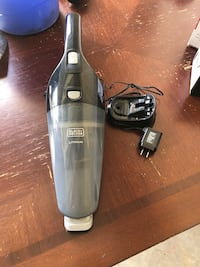 gray and black Shark upright vacuum cleaner Cheswold, 19904