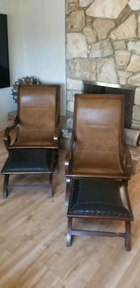 Two brown wooden chairs with 2 feet rest pieve Los Angeles, 91364