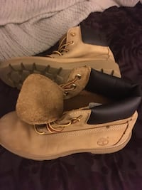 Timberland boot size 5 LNEW only 40 Firm  Glen Burnie, 21061