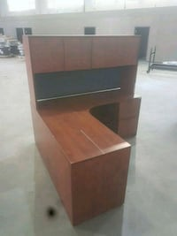 Office desk w/ cabinets Burnaby, V3N 4A3