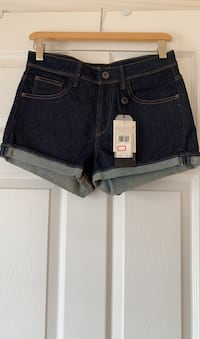 Guess high-waisted shorts. Size 27. New with tags attached.  Ajax, L1T 0K1