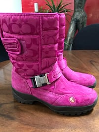 Coach Ladies Winter Boots 8 1/2 excellent cond. Mississauga, L5G 4E3
