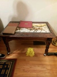 solid old wood table Chicago, 60640