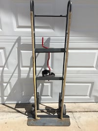 APPLIANCE DOLLY GREAT WORKING CONDITION  ITEM LOCATION  HORIZON & GREENWAY  HENDERSON 89002 PICK UP ONLY  DELIVERY NOT AVAILABLE Henderson, 89002