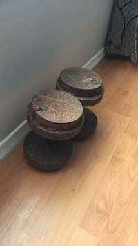 brown steel dumbbells 533 km
