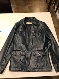 Women's leather jacket- navy blue Guelph, N1G 4R3