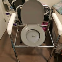 Commode  Vancouver, V5M 1Y4