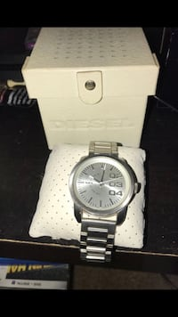 Round silver-colored fossil chronograph watch with link bracelet Baltimore, 21214