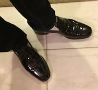 Pair of black leather shoes Chicago, 60614