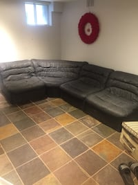 Sectional Sofa Toronto, M9A 1H5