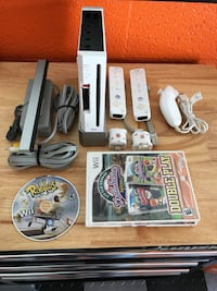 Nintendo Wii comes with 3 Games  Margate, 33063