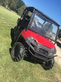 red and black2011  Polaris ranger 800 crew 6 seater only has 400 miles on it and is in great shape San Antonio, 78216
